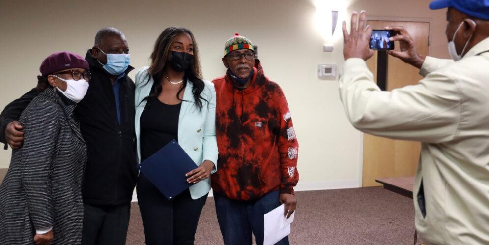Award-Winning Journalist Leads Workshops in Hometown of Syracuse